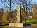 8.Pamiątkowy pomnik upamiętniający polowanie króla Augusta III Sasa