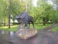 11.Pomnik Żubra w skwerku w Hajnówce