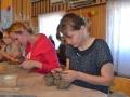 Warsztaty lepienia w glinie w Lewkowie